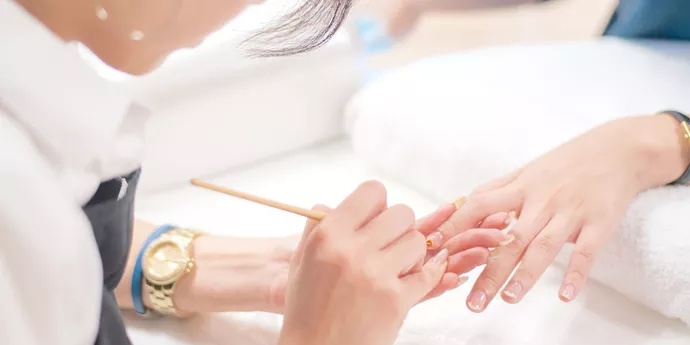 What kind of treatment can you get when you actually visit the salon?